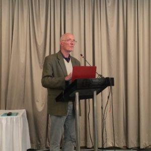 Justice Edwin Cameron, Juez del Tribunal Constitucional de Sudáfrica, quien vive con VIH y es un gran defensor de los derechos humanos.