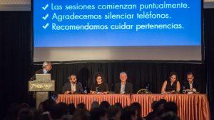 Pedro Cahn, Omar Sued, Carla Vizzotti, Jorge Zirulnik y los coordinadores Valeria Fink y Diego Cecchini en la apertura del Curso Share. Ph: Ramiro Prieto Cane / Fundación Huésped.