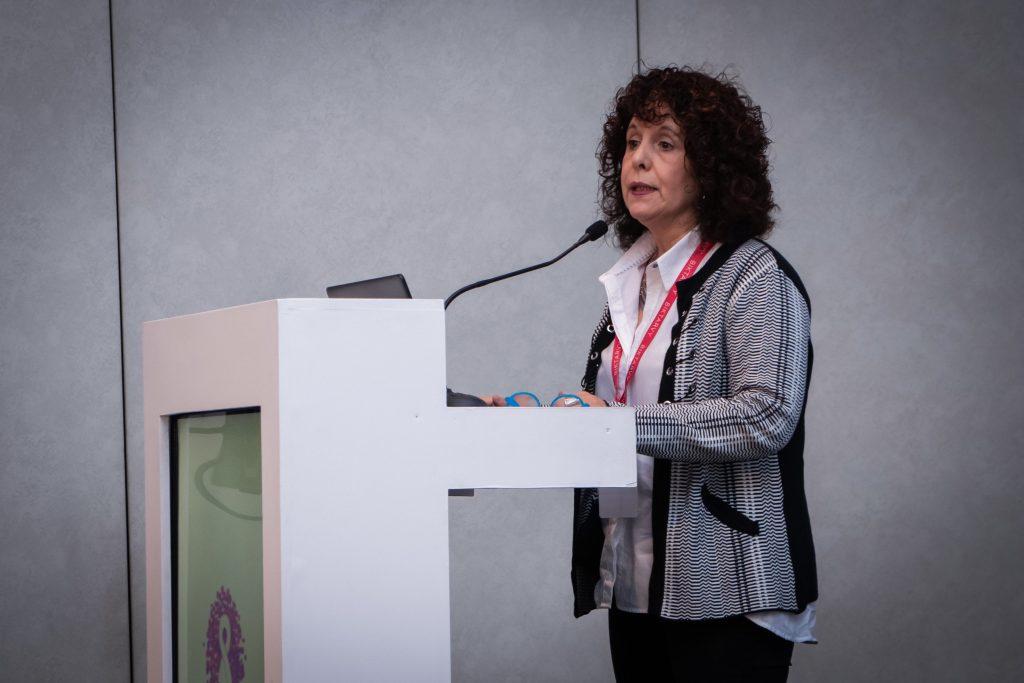 Susana Lloveras en el Simposio Científico Fundación Huésped 2019